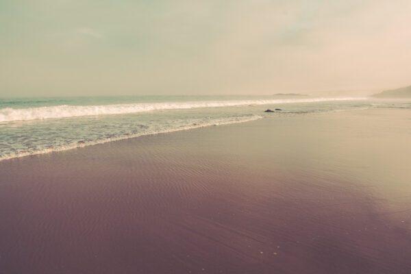 Atlantikküste - Sandstrand, Meeresbrandung bei Sines