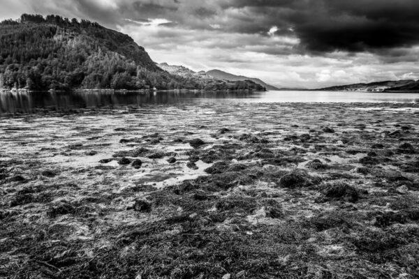 Eilean Donan Castle, am Loch Duich westlichen schottischen Highlands Schwarzweißfotografie Wandbild