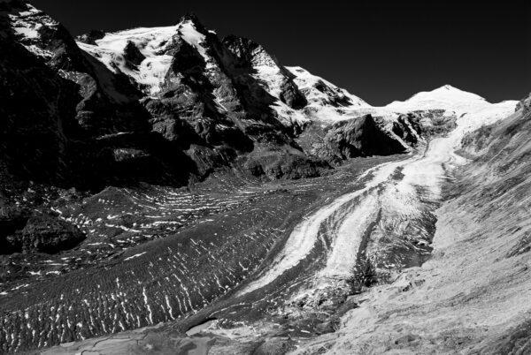 Großglockner - Schwarzweißfotografie Gletscherbild - Österreich