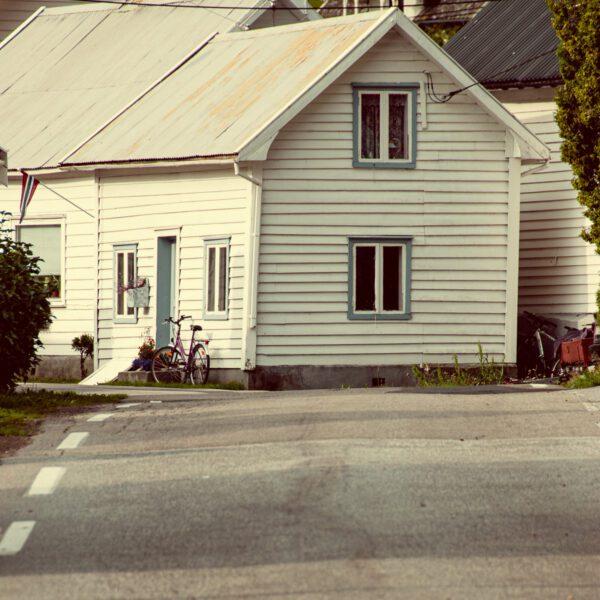 Holzhaus - Wandbild Norwegen