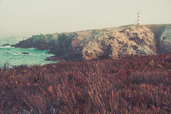 Leuchtturm bei Sines im Nebel - Atlantikküste Portugal