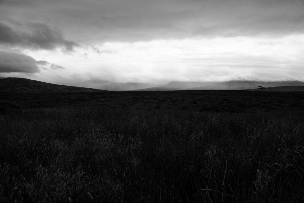 Schottische Hochebenen - Schwarzweiß Fotografie - Schottland Highlands