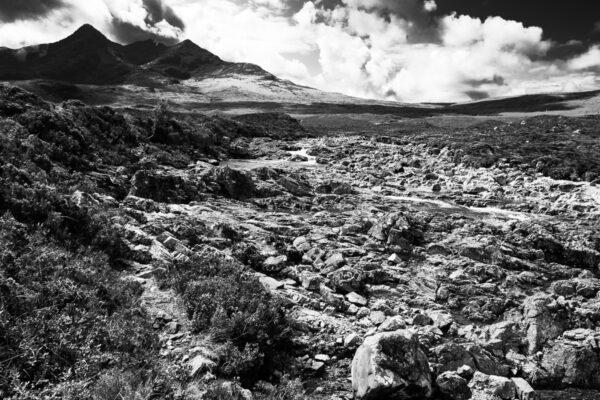 Wanderung in den schottischen Bergen - Schwarzweiß Fotografie - Schottland Highlands
