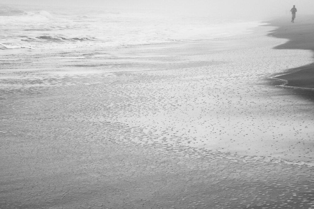 Joggen am Strand – Florianópolis – Santa Catarina, Brasilien
