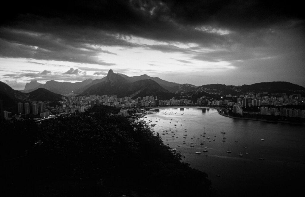 Vintage Nacht Aufnahme Rio de Janeiro – Brasilien